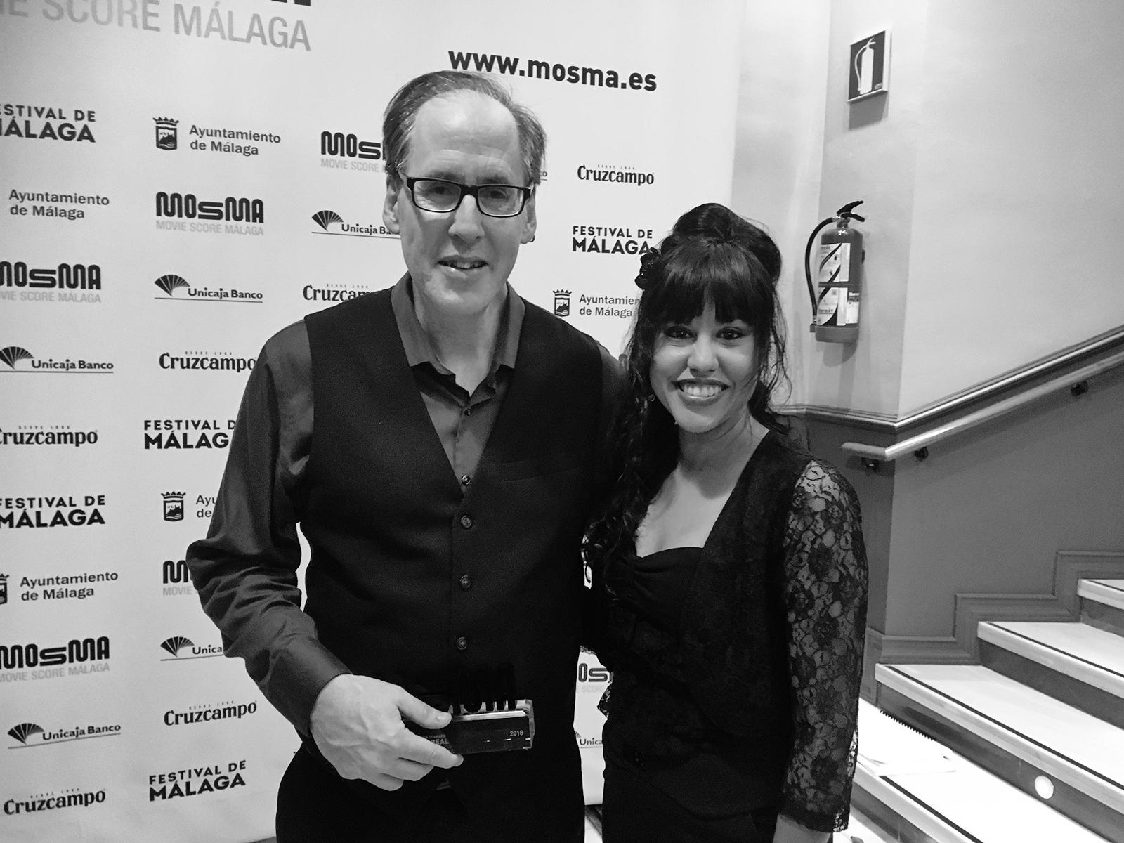 Rebeca Orellana y Jeff Beal